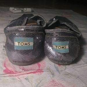 Silver Sequin Toms 7.5